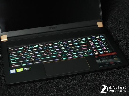 赛睿操刀的RGB键盘