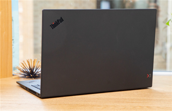 联想ThinkPad X1 Carbon(2019)评测